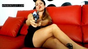 AMA BENTLEY FEMME FATALE 1