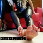 FETICHISMO DE PIES con AMA BENTLEY AND VICKY DOM 8
