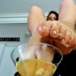 foot fetish champagne 2